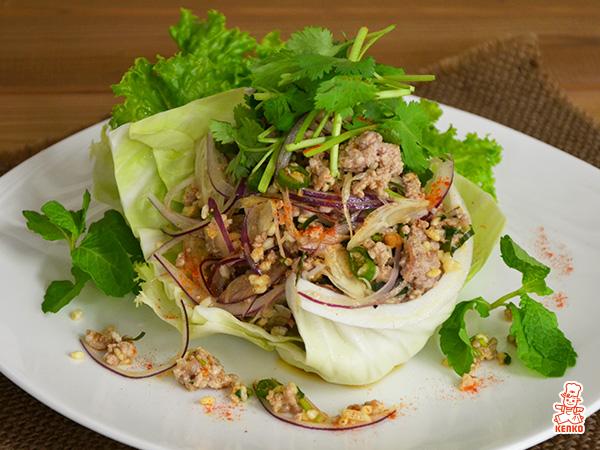 鶏肉と炒り米のタイ風サラダ(ラープガイ) ケンコーマヨネーズ